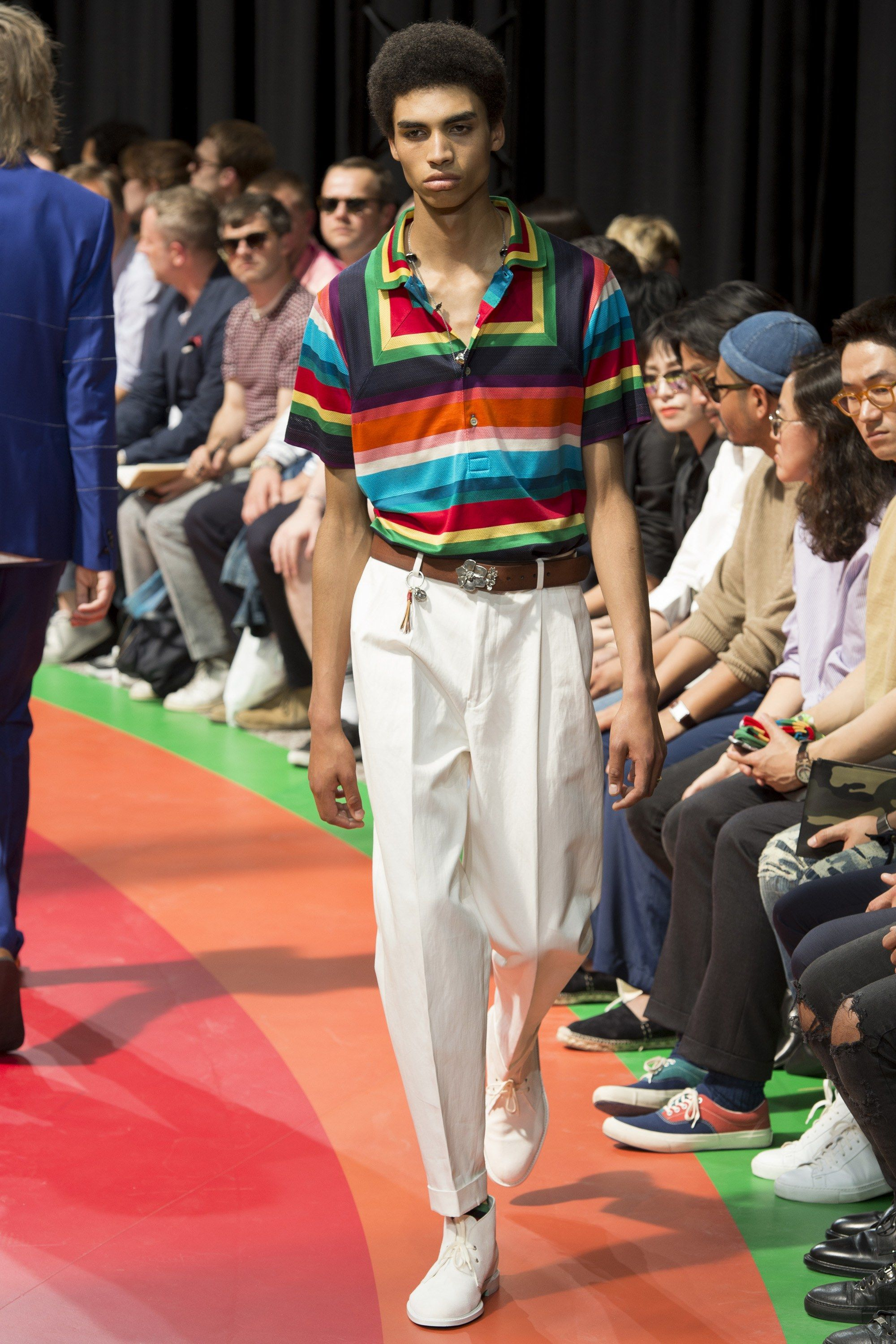 6c68521d4bb Paul Smith Spring 2017 Menswear Collection Photos - Vogue