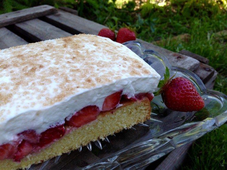 Erdbeer Fanta Kuchen Aus Meinem Kuchen Und Tortenblog Kuchen Rezepte Einfach Kuchen Rezepte Und Kuchen Und Torten