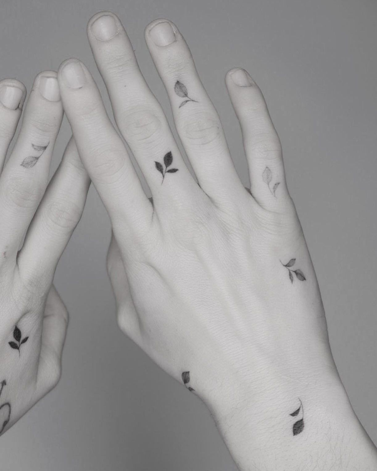 Photo of 50 minuscules tatouages qui vous rendront instantanément plus intéressant – Straight Blasted
