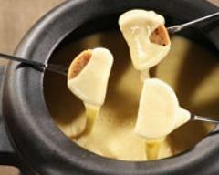 Fondue savoyarde aux 4 fromages #fonduesavoyarde