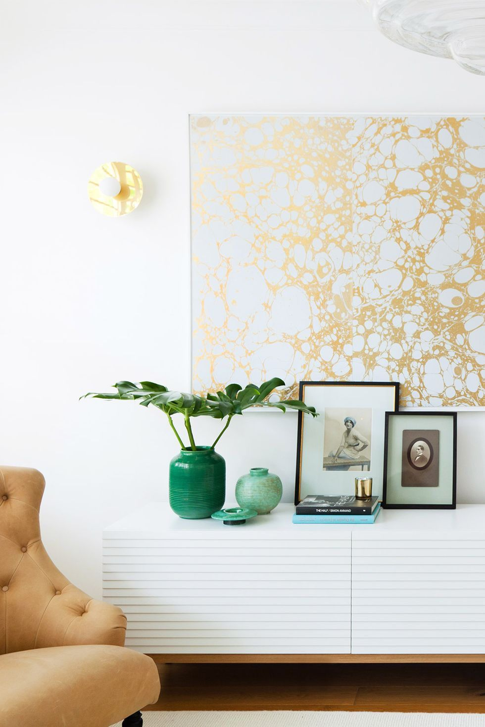 13 Creative Ways To Use Peel And Stick Wallpaper Modern Wallpaper Paper Decorations Framed Wallpaper