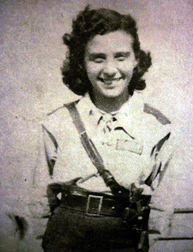 Elsa Oliva (1921-1994)