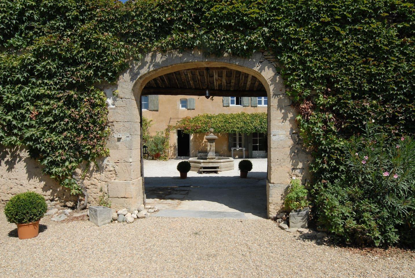 clos de la fontaine - les oliviers - chambres d'hôtes à louer à