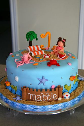 Beach Fondant Cake With Images Beach Themed Cakes Beach Cakes