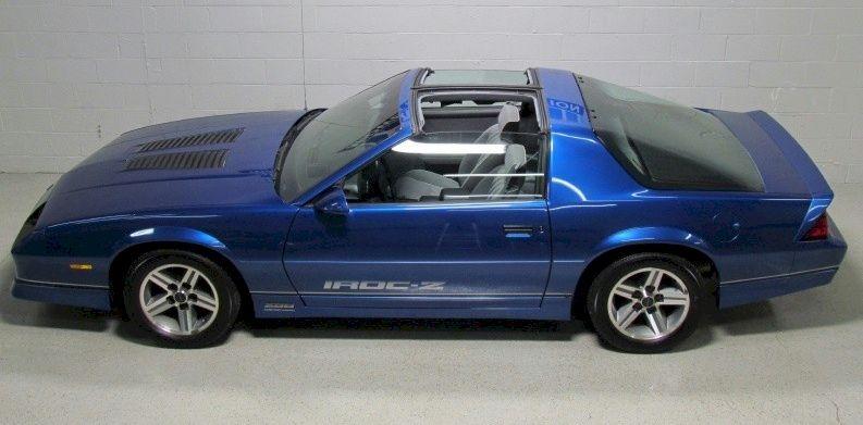 1988 camaro gm iroc 20z paint cross reference camaro iroc camaro camaro car camaro iroc camaro