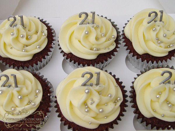21st birthday cupcakes these look awesome Ideas Pinterest 21st