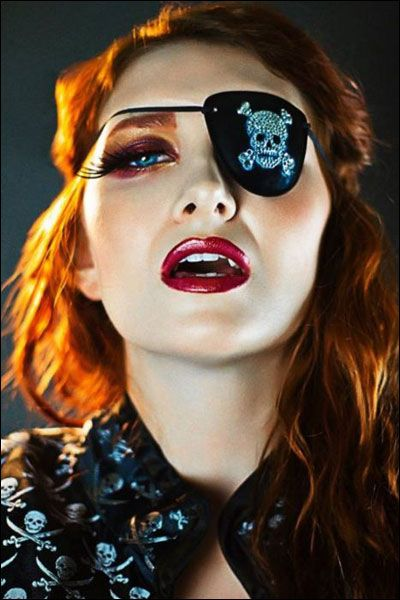 Coilhouse » Blog Archive » Eyepatch Party!
