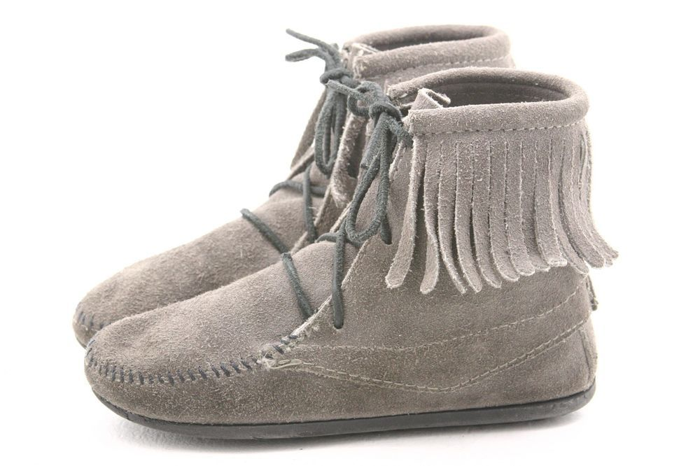 Minnetonka Kids Shoes Youth Size 2 Hi Tramper Fringe Moccasins Laces Ankle Boot Lace Ankle Boots Kid Moccasins Fringe Moccasins
