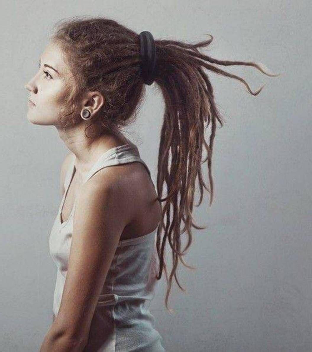 Трахает девочку с дредами 1 фотография
