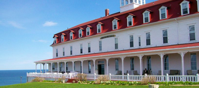 Awesome Spring House Hotel, Block Island