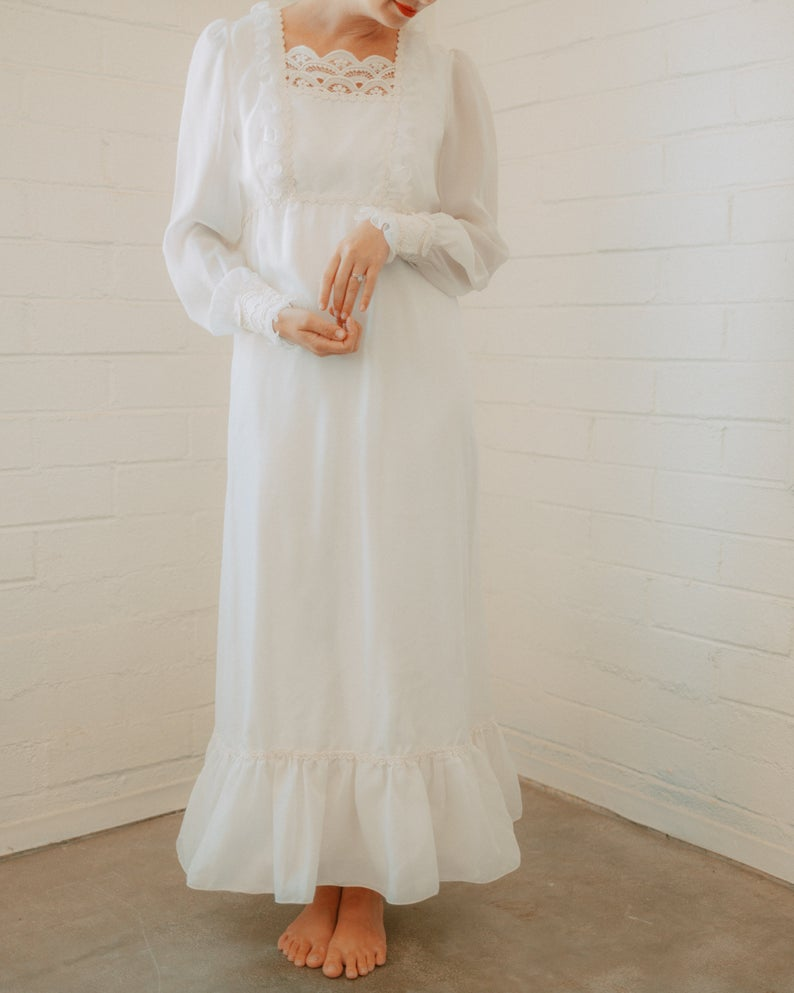 Retro Vintage 70s Long Sleeve Wedding Dress Etsy Etsy Wedding Dress Wedding Dress Long Sleeve Vintage Dress 70s [ 993 x 794 Pixel ]