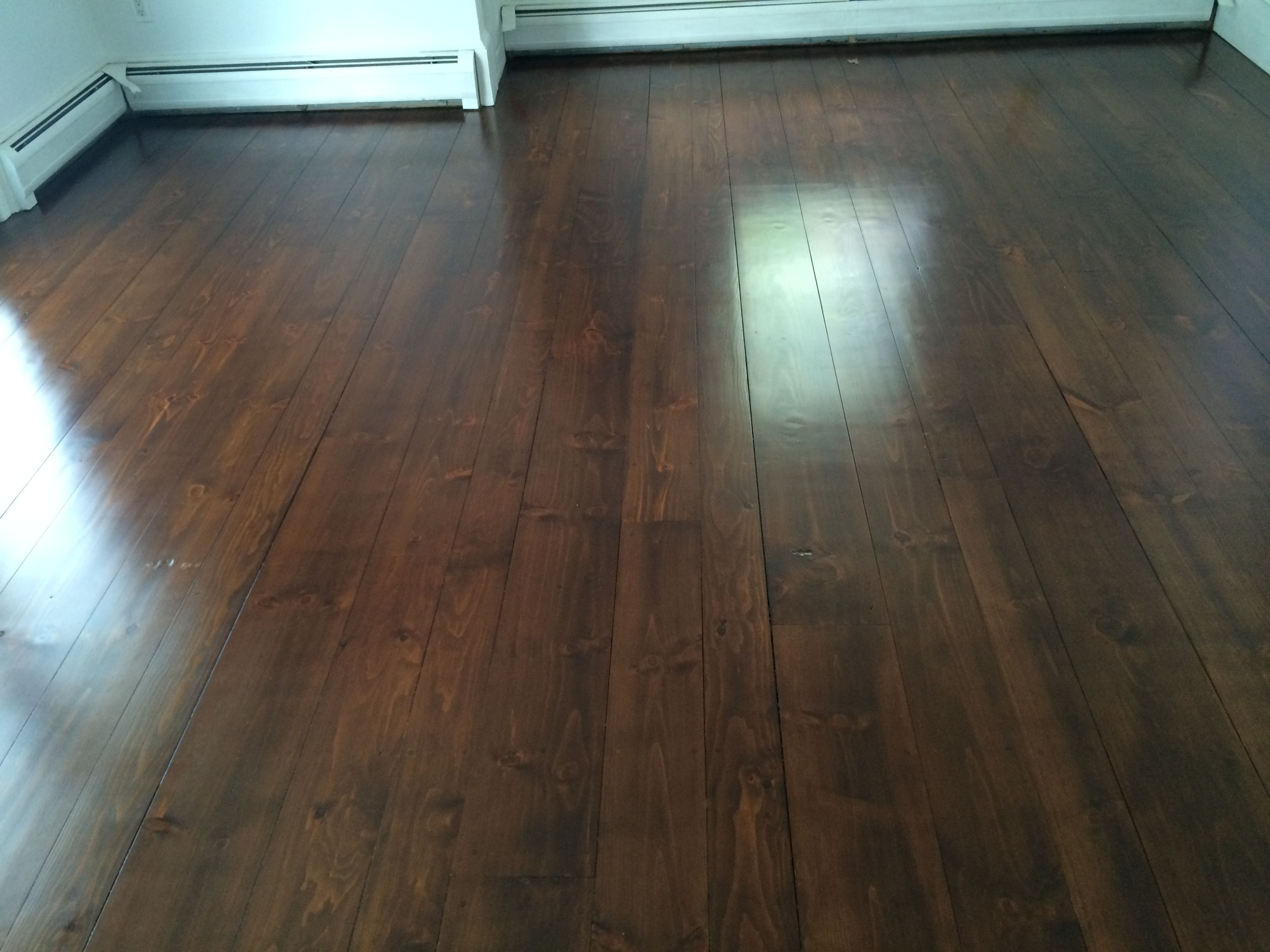 Random width eastern white pine stain layering with for Hardwood floor finishes