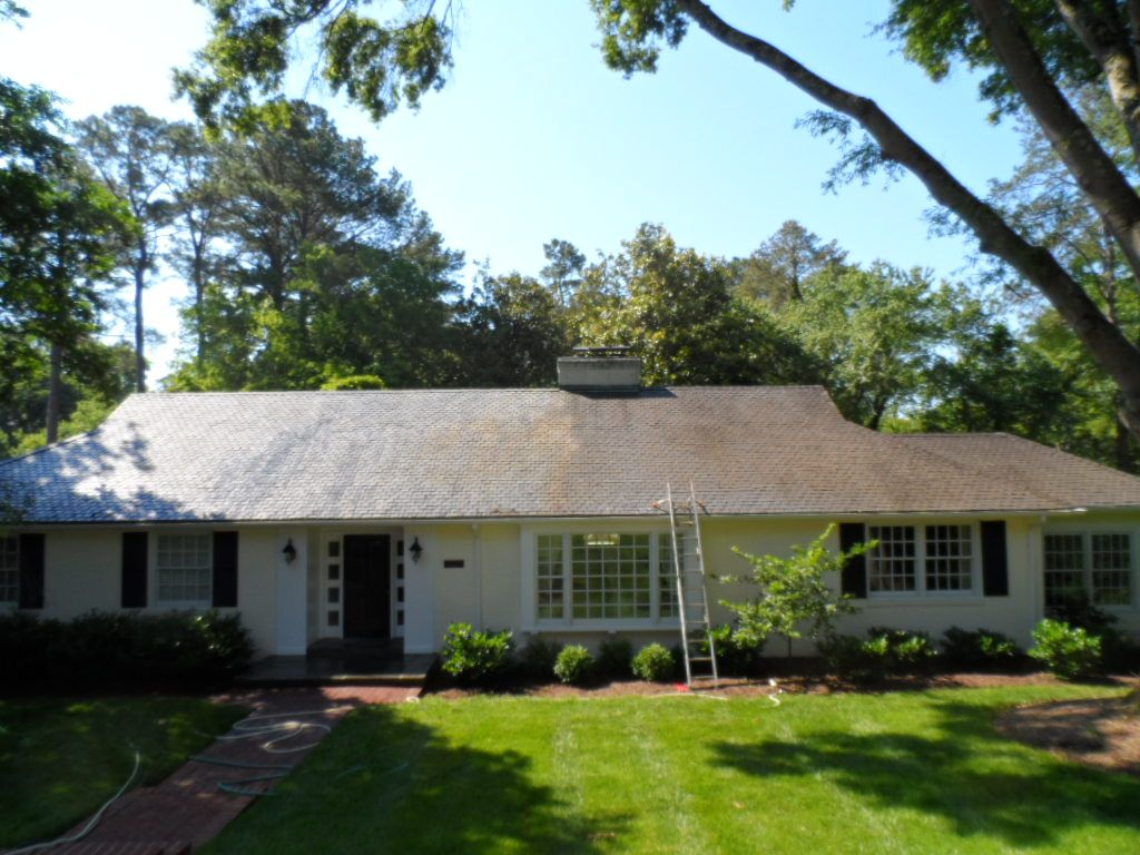 Best During Slate Roof Cleaning In Henrico Va Cedar Roof Roof Cleaning Slate Roof 400 x 300