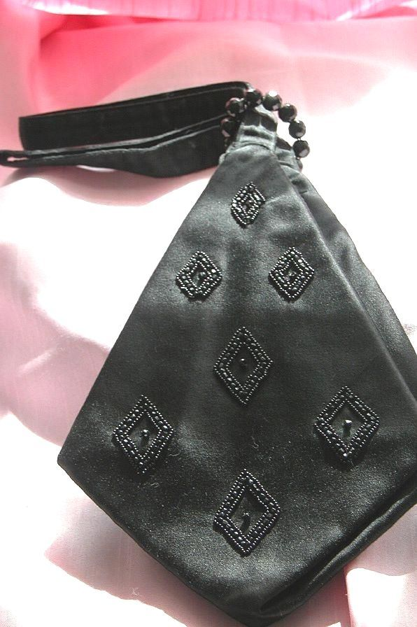 Chic handbag models for women