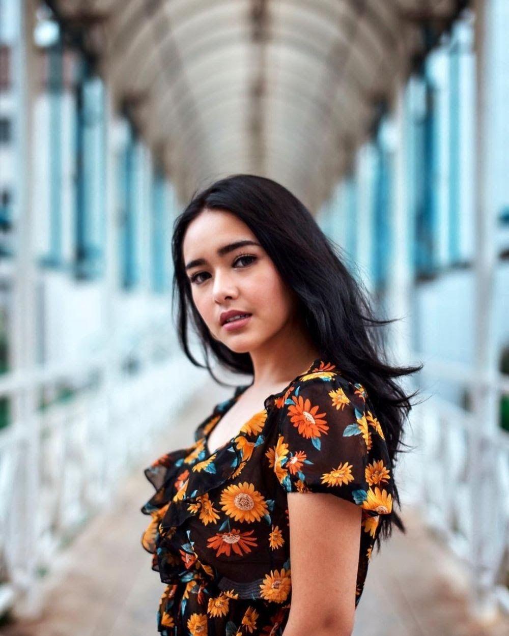 Amanda Manopo Aktris Rambut Pendek Fotografi