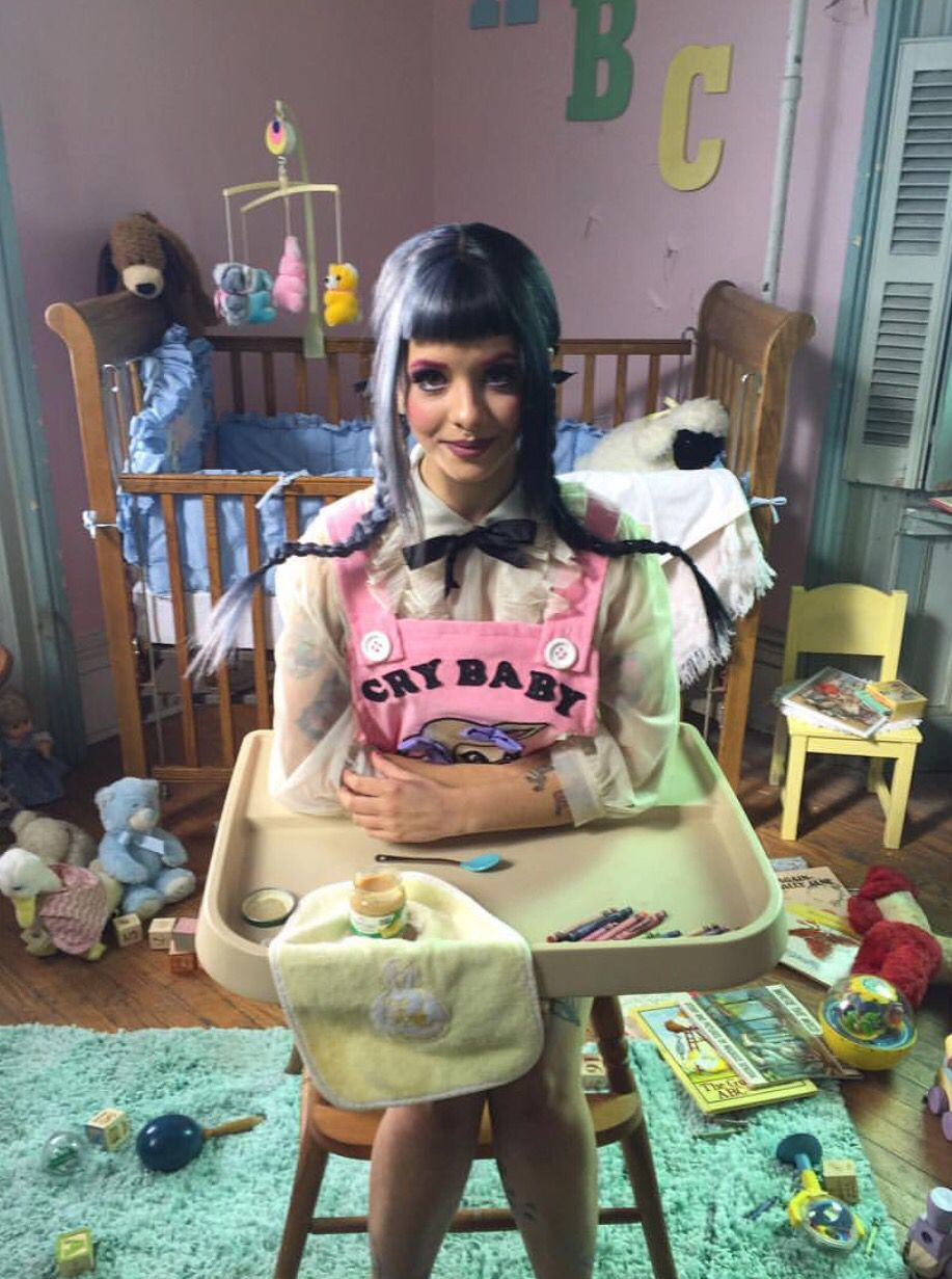 Melanie Martinez Bts Behind The Scenes Of The Cry Baby Music Video Melanie Martinez Crybaby Melanie Martinez Cry Baby