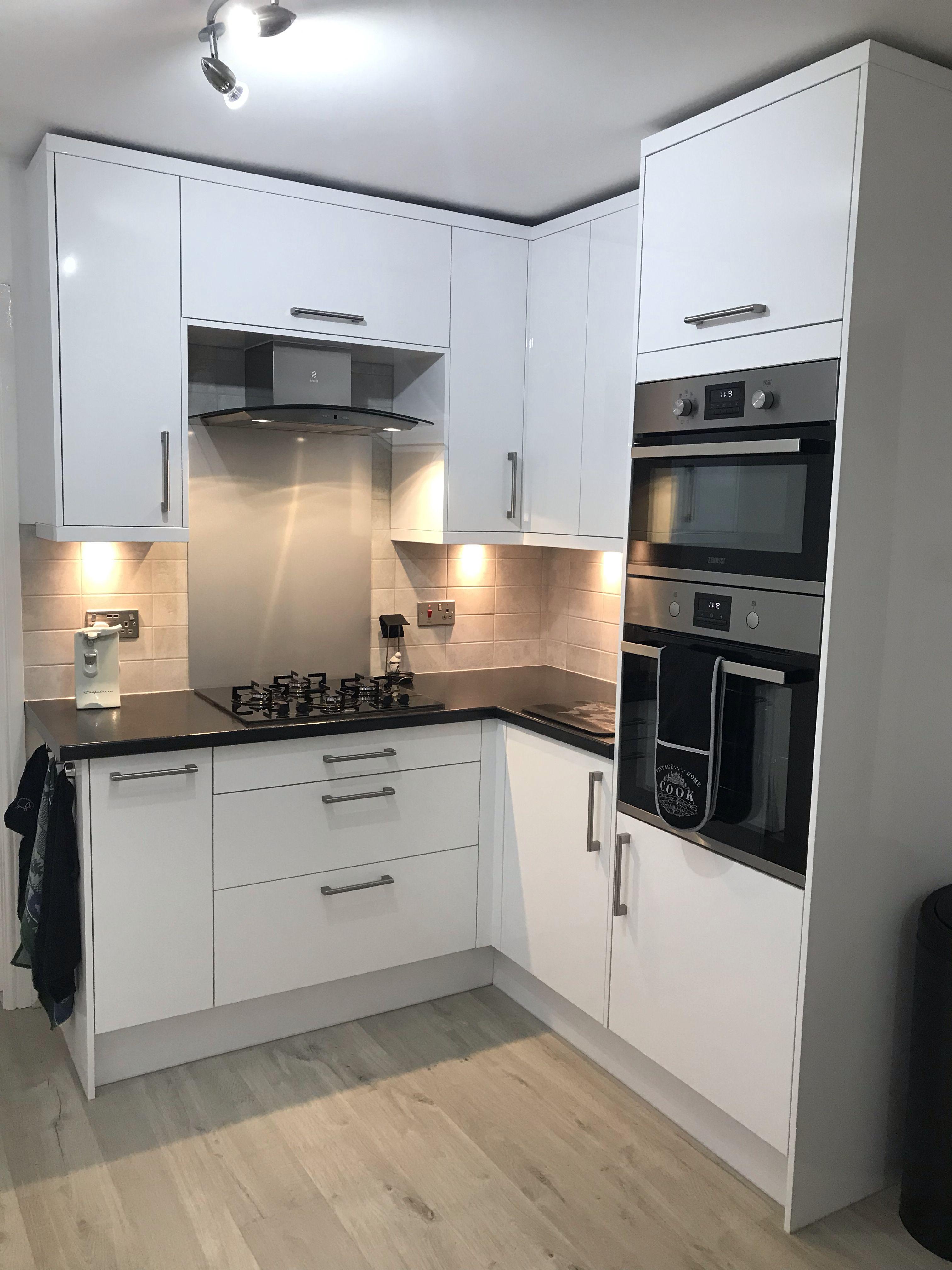 Nova White Kitchen Units Cabinets Magnet Kitchens White Gloss Kitchen White Kitchen Units White Kitchen Cupboards