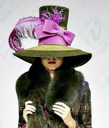 Wonderful hat by Slava Zaitsev #judithm #millinery #hats A sense of whimsy in this hat!