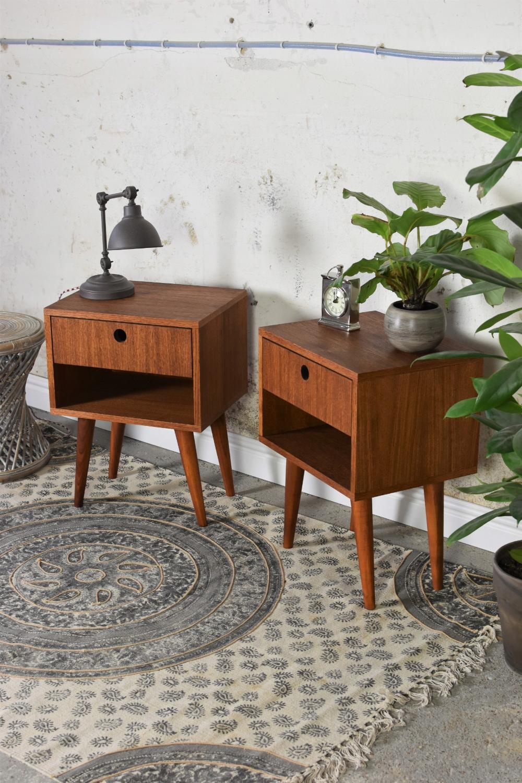 Szafka Nocna Prl Stolik Nocny Lata 60 Para Szafek Decor Home Decor Furniture