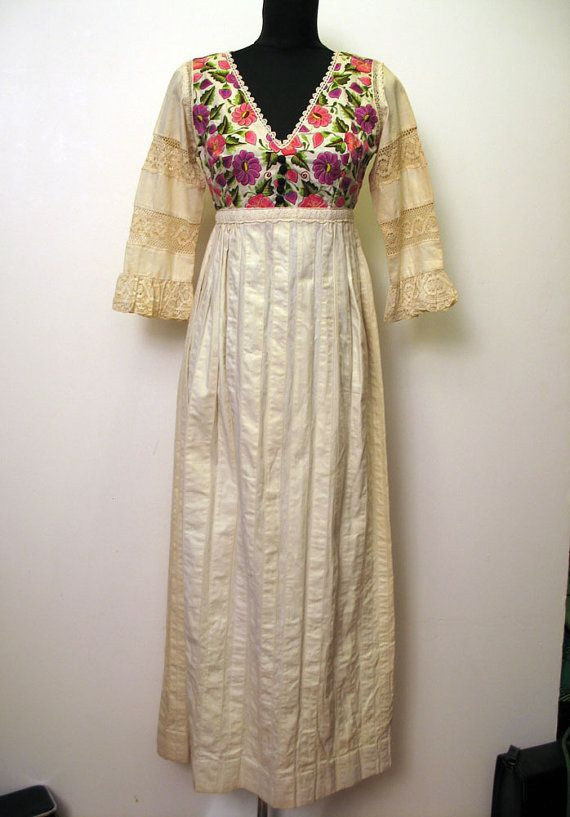 Beautiful Vintage 1960\'s Embroidered Mexican Wedding Dress with Lace ...
