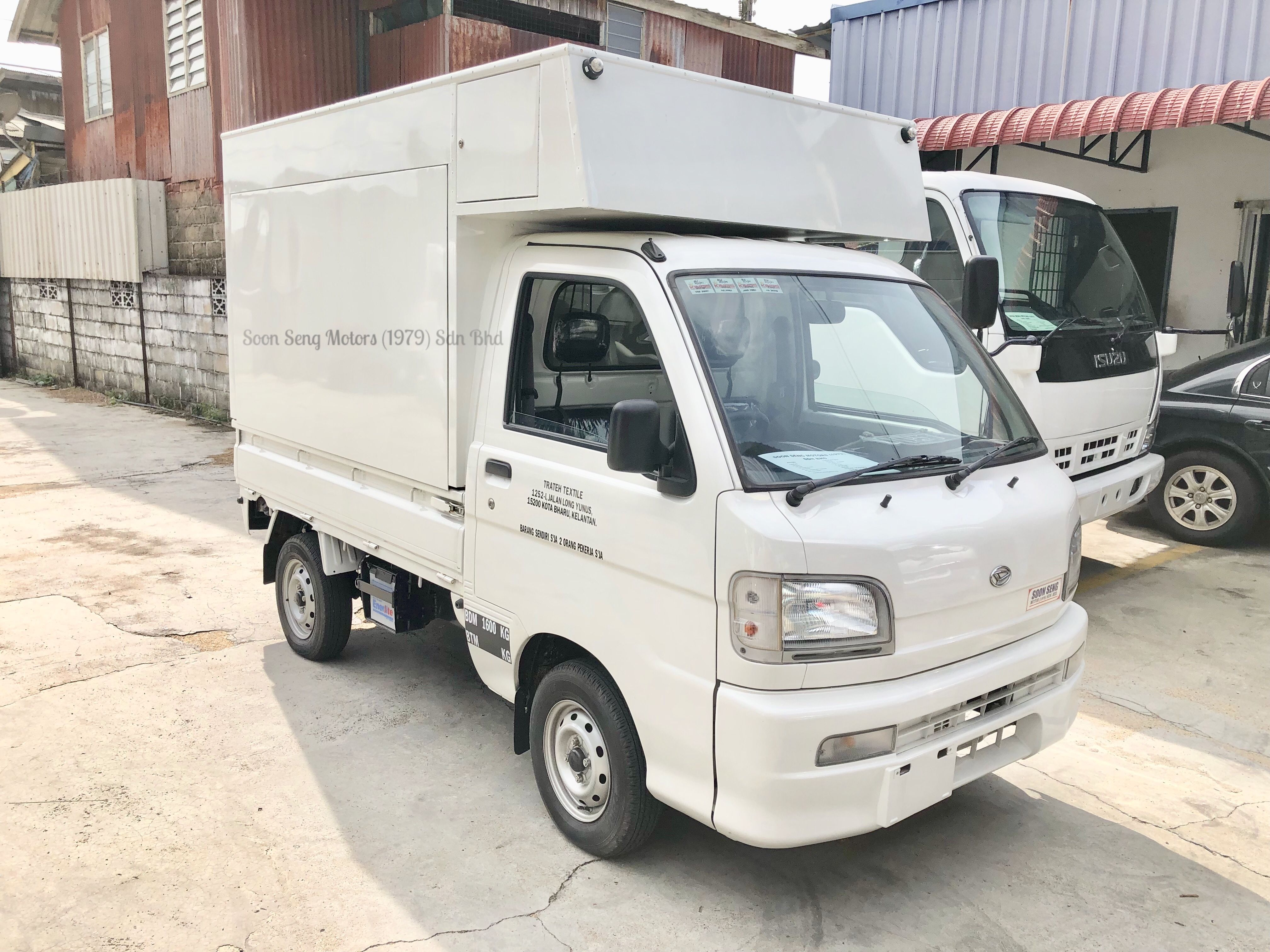 Daihatsu Hijet Is Imported Directly Frm Japan Its Come With 660cc