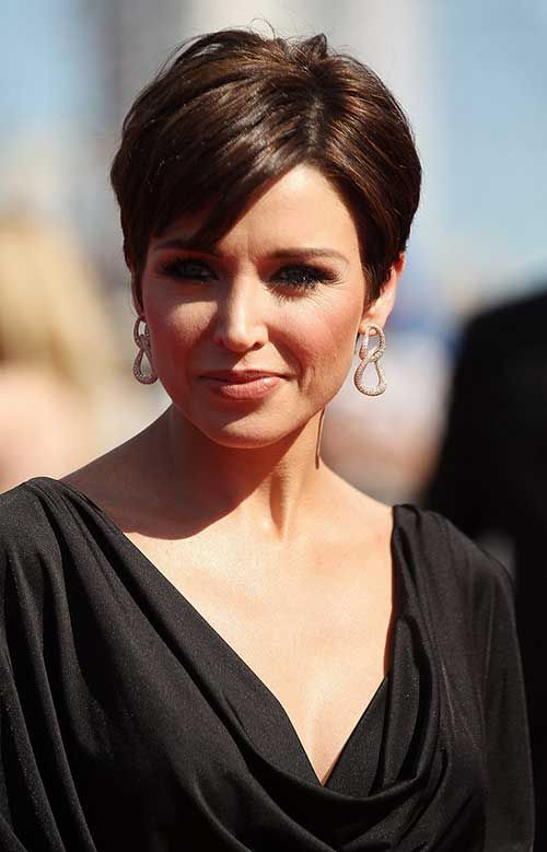 Best Short Haircuts for Brunettes