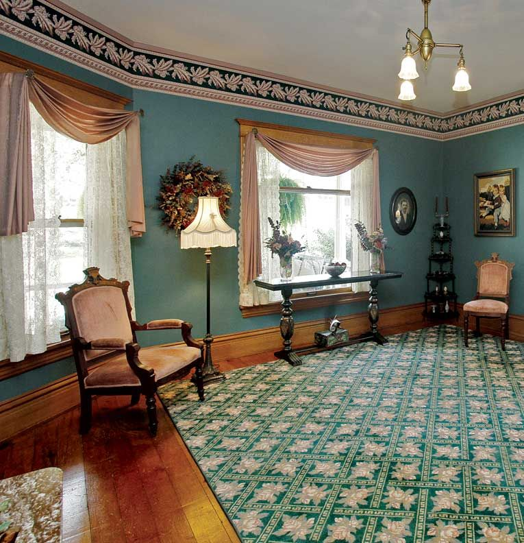 5 ideas for historic window treatments colonial window for Colonial window designs