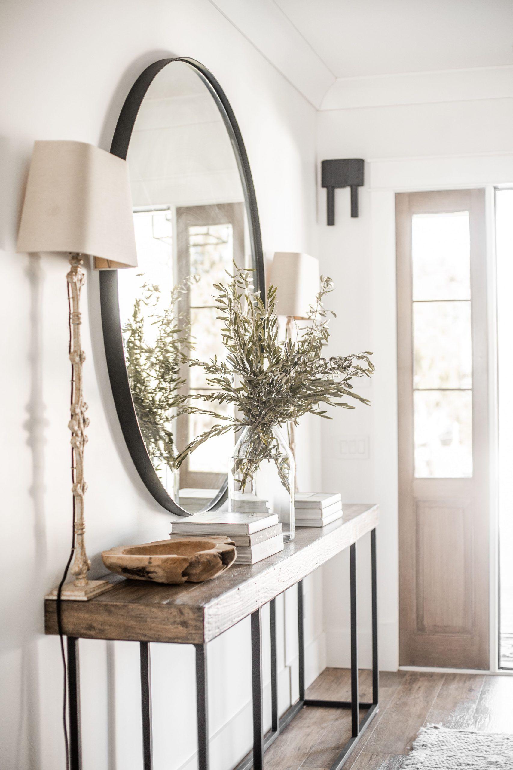 Circle Mirror Entryway Decor In 2020 Entryway Decor Small Entrance Decor House Interior