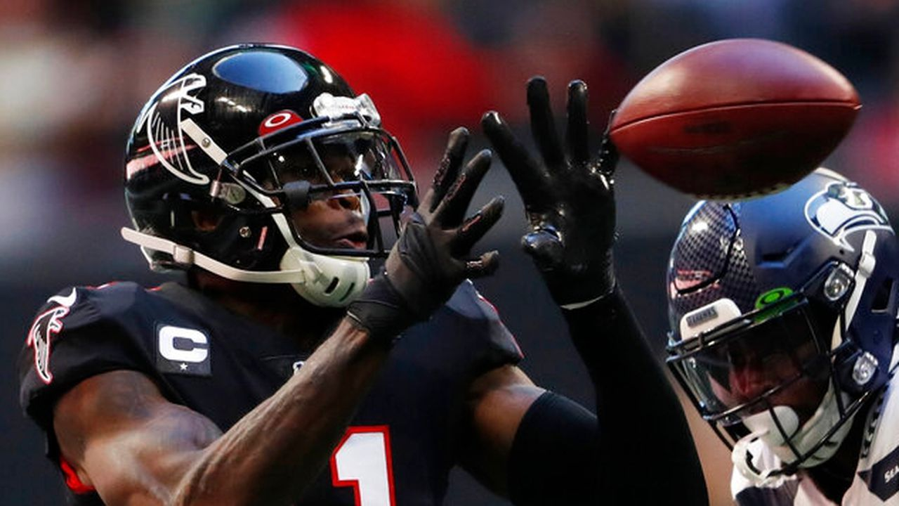 Pin By Nfl News And Rumors On Nfl Stars Julio Jones Nfl Football