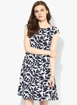 New Collection in Clothing for Women - Buy Latest Design Women Clothing  Online  cc9b9f87b