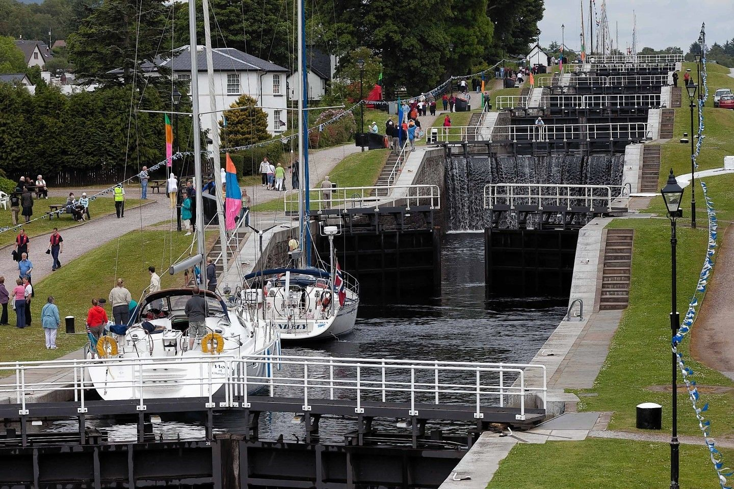 Neptune S Staircase Is A Staircase Lock Comprising Eight Locks On