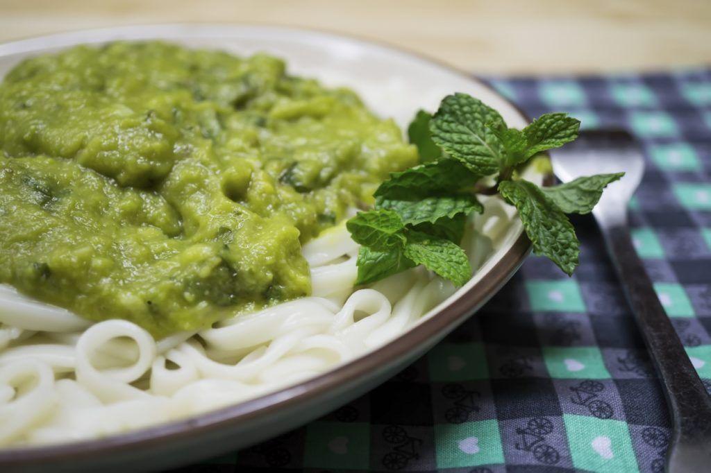 Nudeln mit veganer Avocadosoße - Rezept von Pastaweb