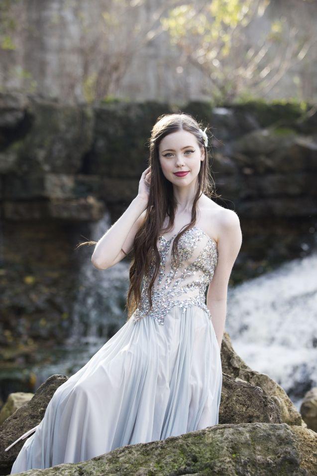 Beautiful Senior Photography Waterfall Prom Dress Wichita Ks