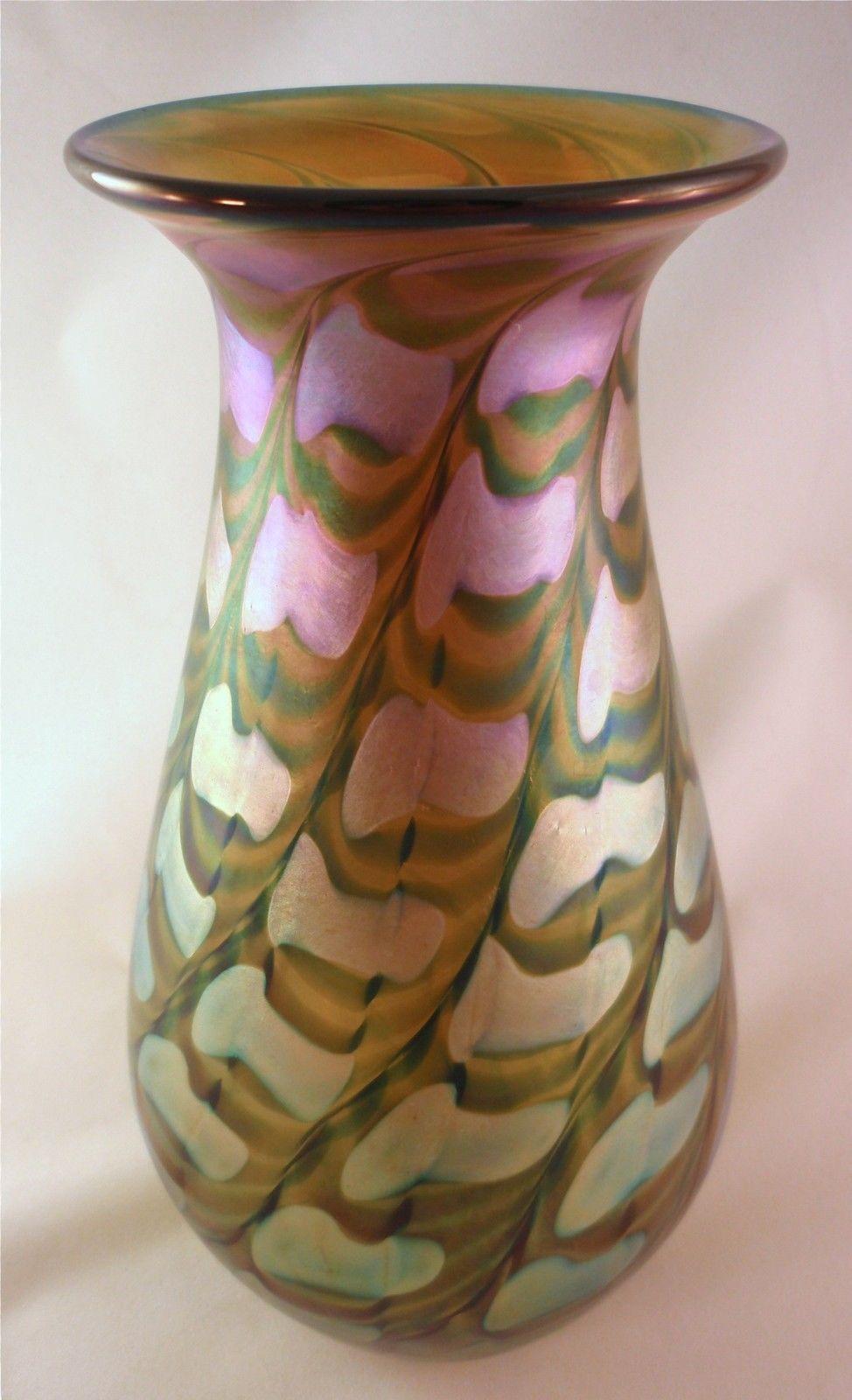 Lundberg Studios Iridescent Gold Twisted Zipper Gourd Vase ... on zipper hat, zipper mask, zipper bracelet, zipper wall, zipper painting, zipper car, zipper doll,