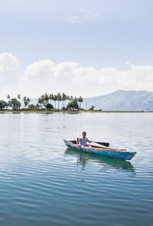 Sumatra Wat Te Doen Bij Samosir Island En Het Tobameer Lake Toba Reizen Meren Indonesie