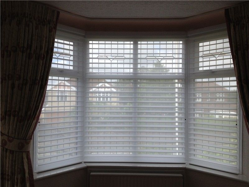 Exceptional Blind Ideas For Bay Windows Part - 7: Bay Window Blinds Reflect Your Dream : Blinds For Bay Windows Ideas. Blinds  For Bay Windows Ideas.