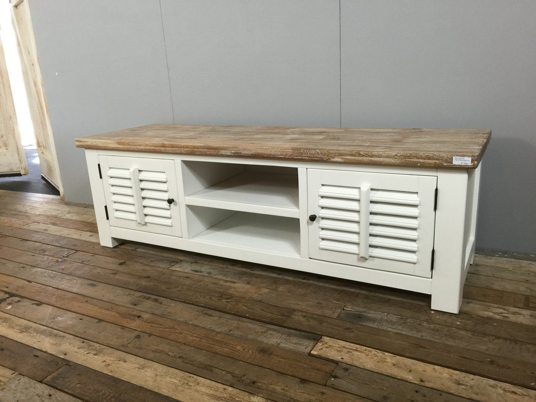 Landelijk wit tv meubel met shutters 160 cm dingen om te kopen pinterest - Amenager kast ...