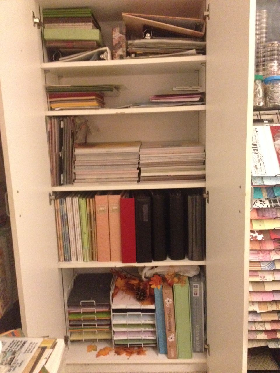 My+Makeshift+space.+In+the+middle+of+designing+my+dream+space+:) - Scrapbook.com