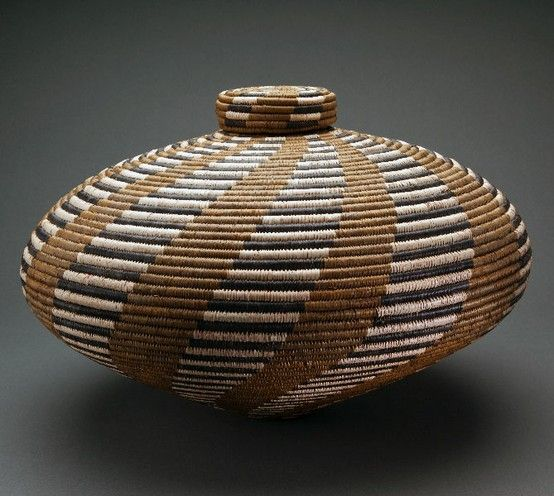 """South African Baskets: Basket """"isichumo"""" By Beauty Ngxongo (South"""
