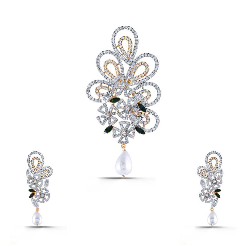 Caesy cuddle diamond gold pendant set sps diamond pendant