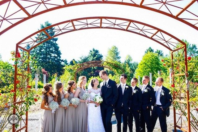 The Highline Seatac Botanical Garden Hsbg Provides A Memorable Setting For A Wedding Ceremony