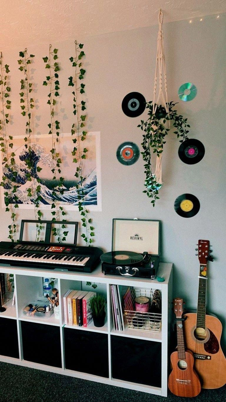 36 Apartments Decor To Inspire Everyone 00008 Home Alone Bedroominspo Retro Room Room Decor Dorm Room Decor