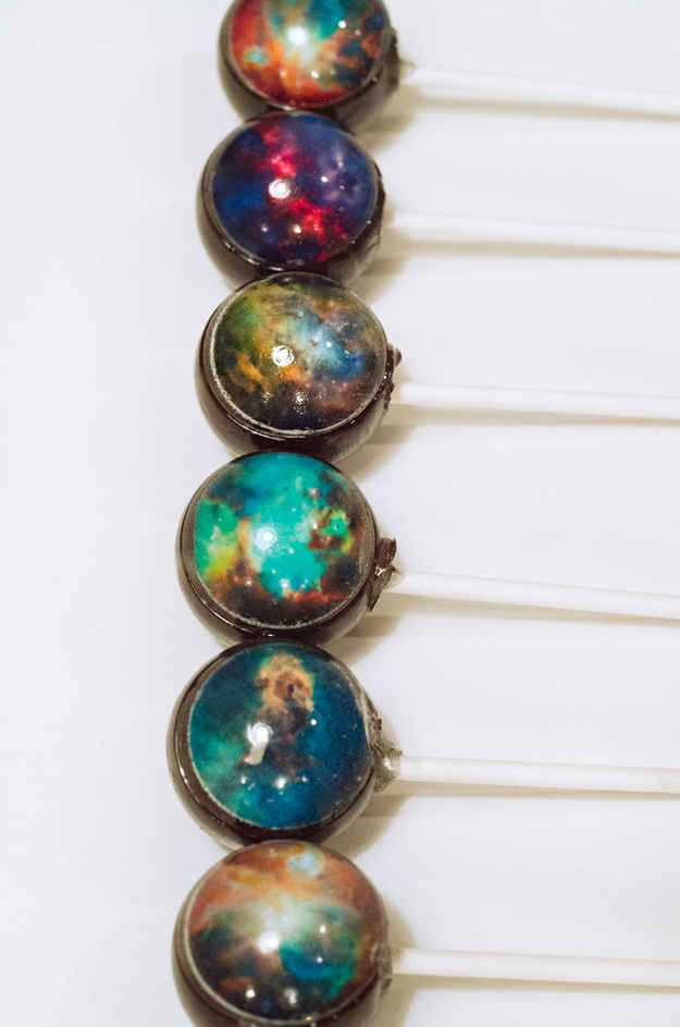 6 Hubble Lollipops | 15 Gifts For The Science Lovers On Your List