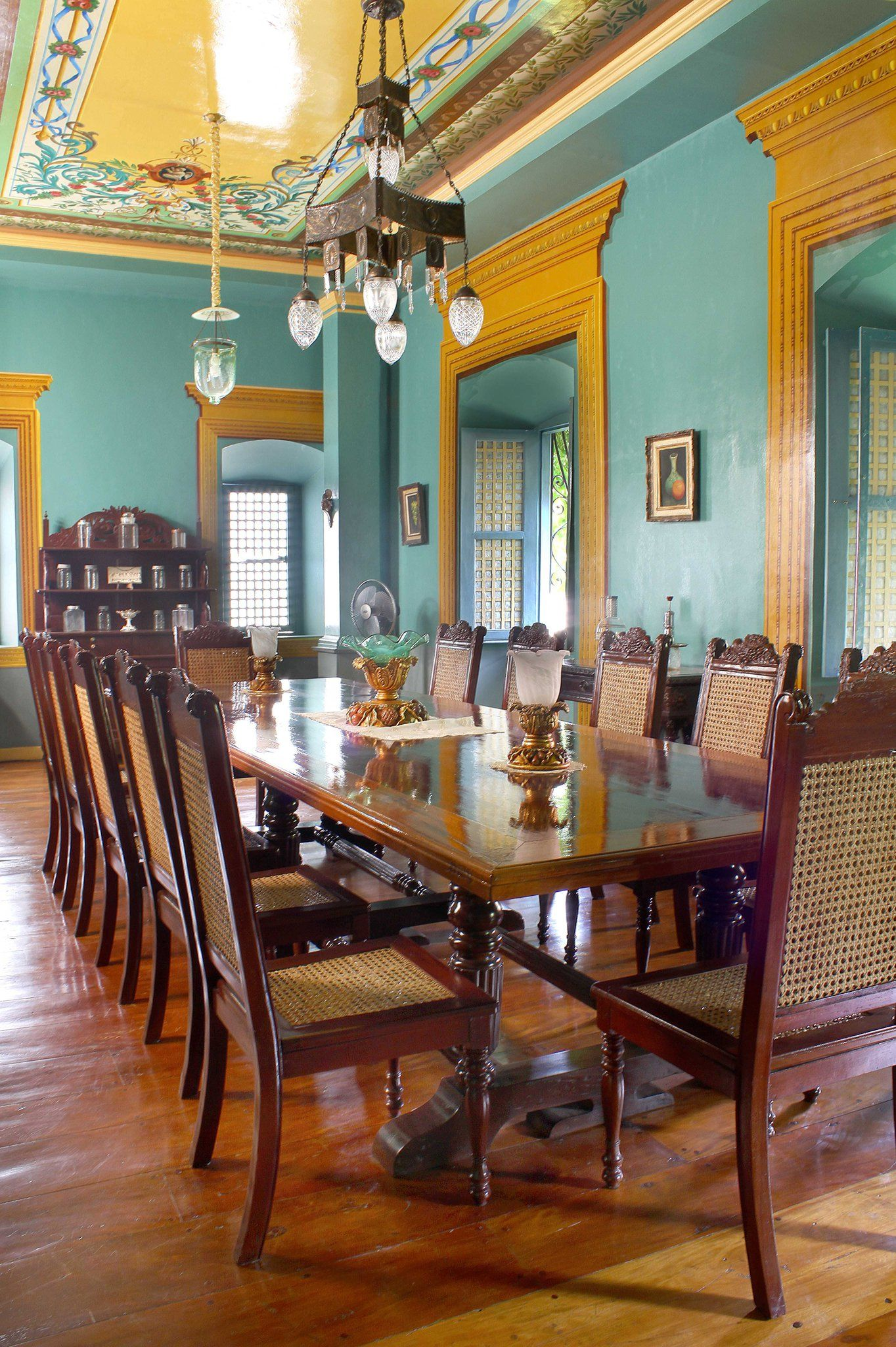 Filipino Home Styling The Grand Dining Room Of An Ancestral
