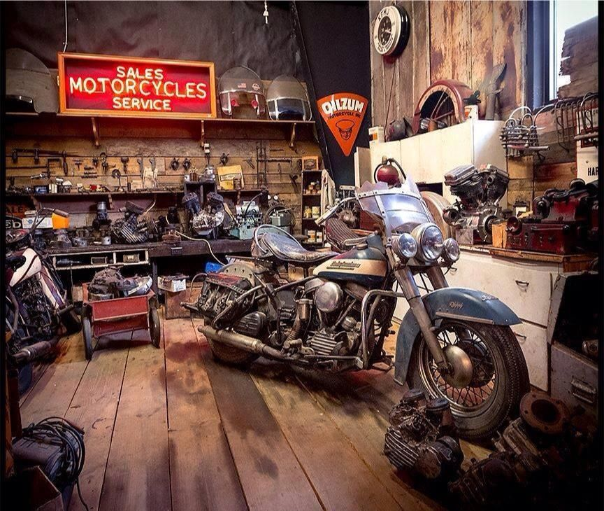 i 39 d love for my garage to look like this harley. Black Bedroom Furniture Sets. Home Design Ideas