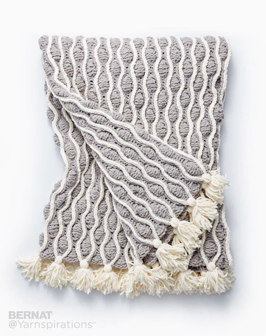Free Pattern: Trellis & Tassels Knit Afghan | Knit/Crochet Blankets ...