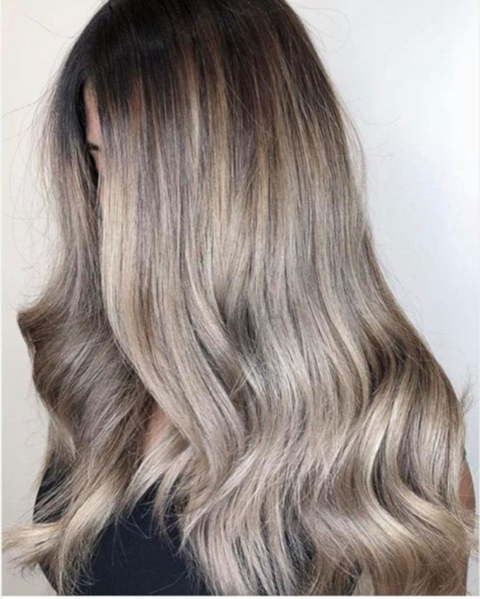 Mushroom Blonde Is The New Hair Color Trending On Pinterest New Hair Color Trends Mushroom Hair Hair Color Trends
