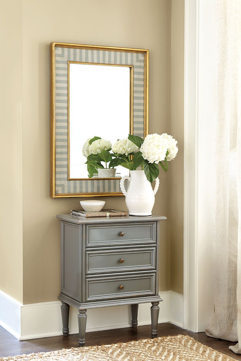 5 Ways To Decorate With Mirrors Small Console Tables Hall Decor