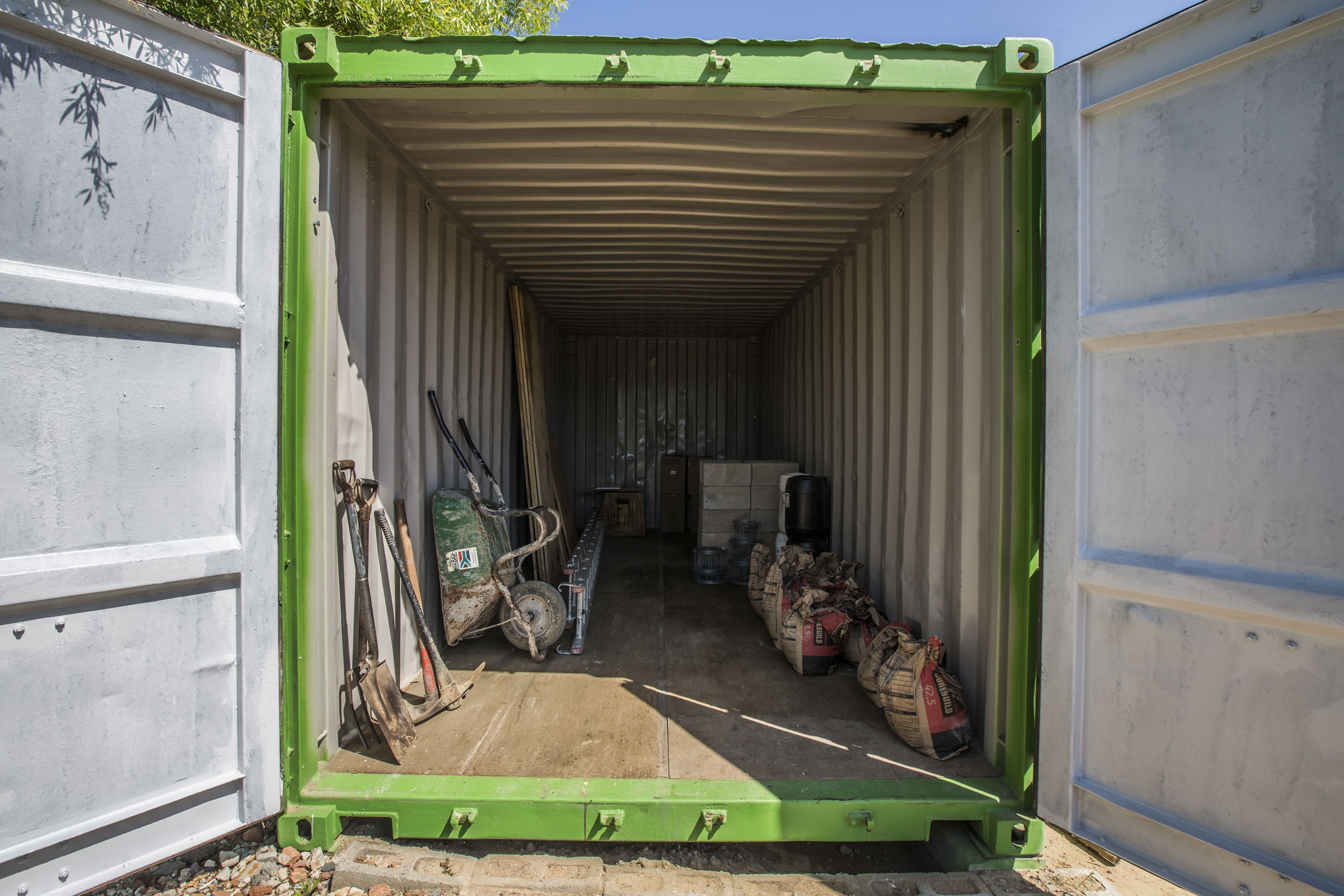 On site storage container rental