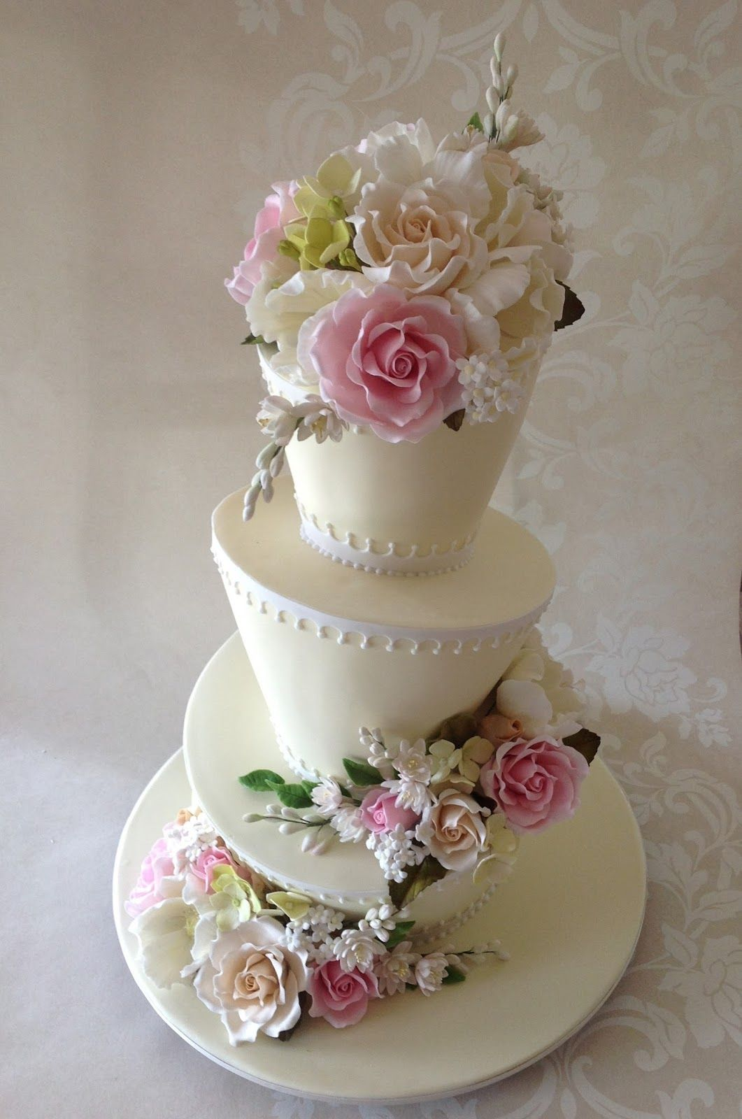 mad hatter cakes | created this very pretty Floral mad hatter cake ...